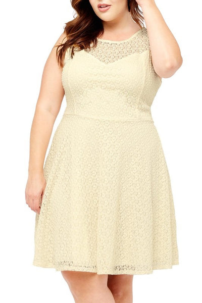 Sweetheart Lace Dress in Cream