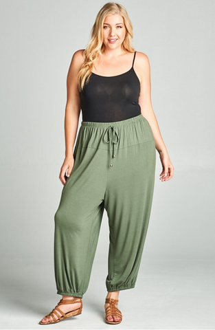 Lounge Pant in Olive