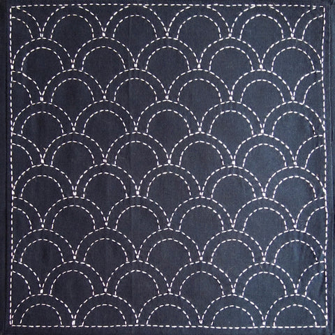 Sashiko Fabric - Seigaiha (Ocean Waves) panel number 207