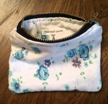 COTTON FLOWER ZIPPER POUCH