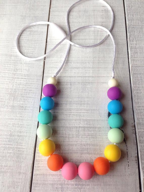 Rainbow Silicone Teething Necklace - momma.shop