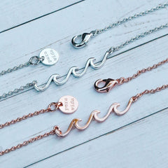 Rose Gold Delicate Wave Necklace