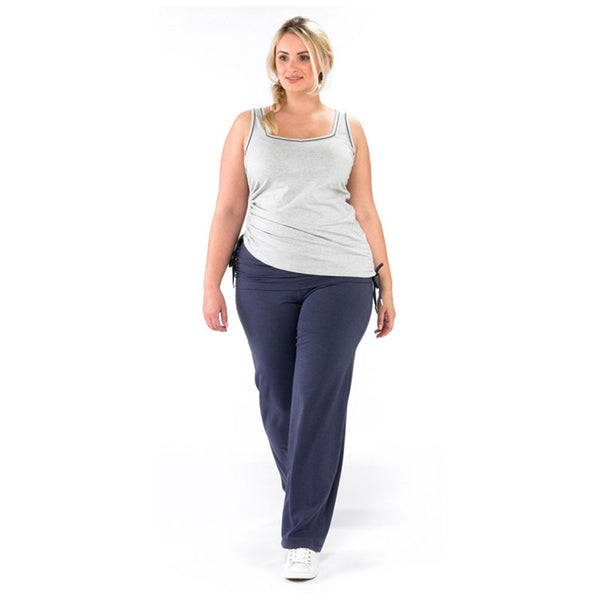 Plus size sportswear - ruched yoga pant in grape with light grey ruched vest - walking
