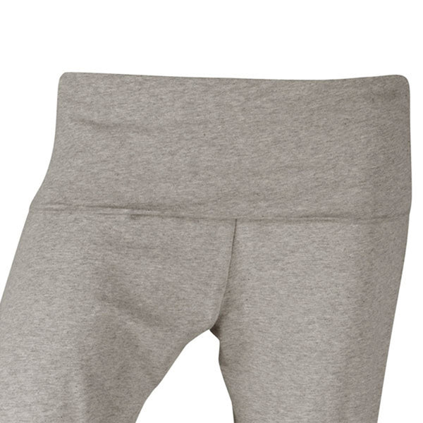 Plus size sportswear - curvy capri flat waistband light grey