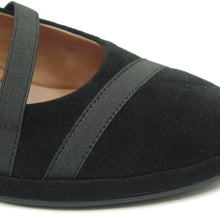 Berency Black Suede