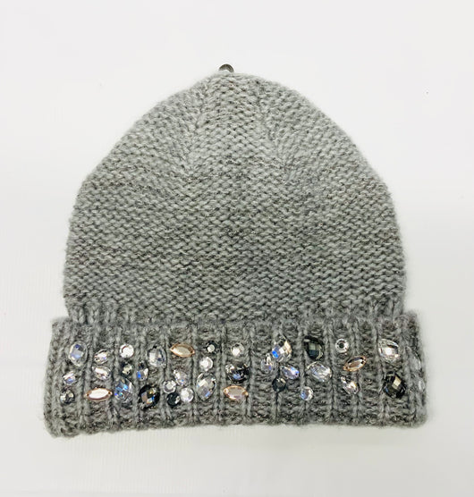 Grey knitted beanie with jewel detail
