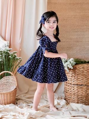 Maisie Dress with Bow Clip | Feather Print