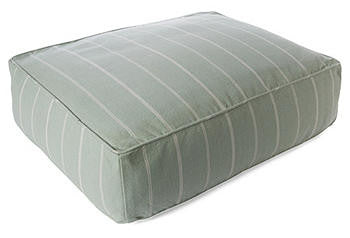 dog bed - 2 sizes
