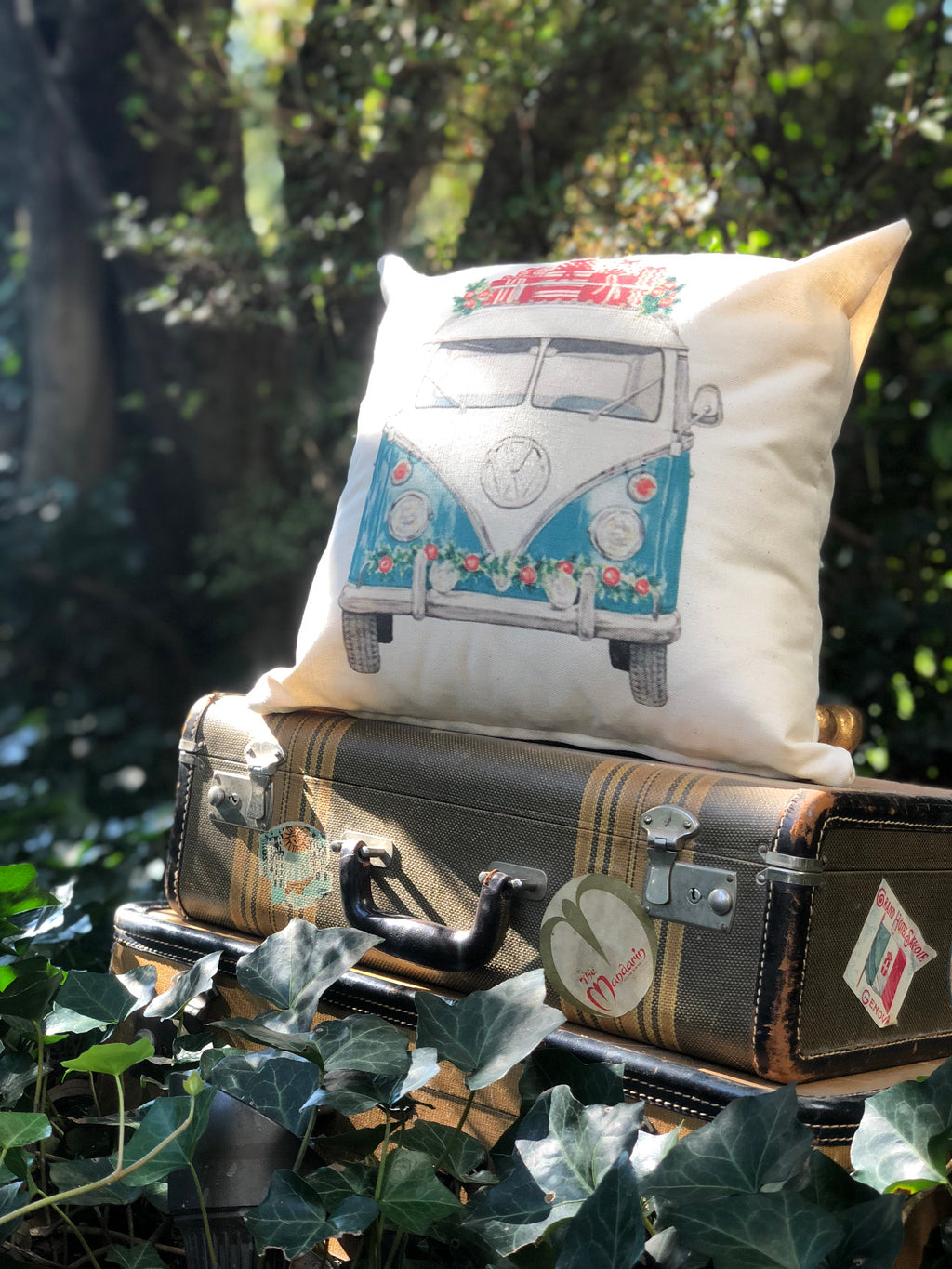 VW Bus Christmas pillow cover