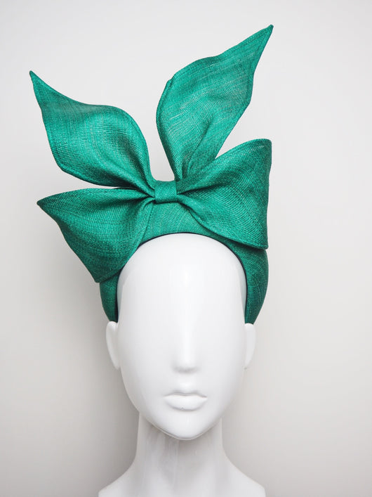Green with Envy - Emerald Green Bow
