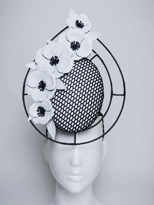Derby Dazzler - Black and white mesh percher with wire frame.