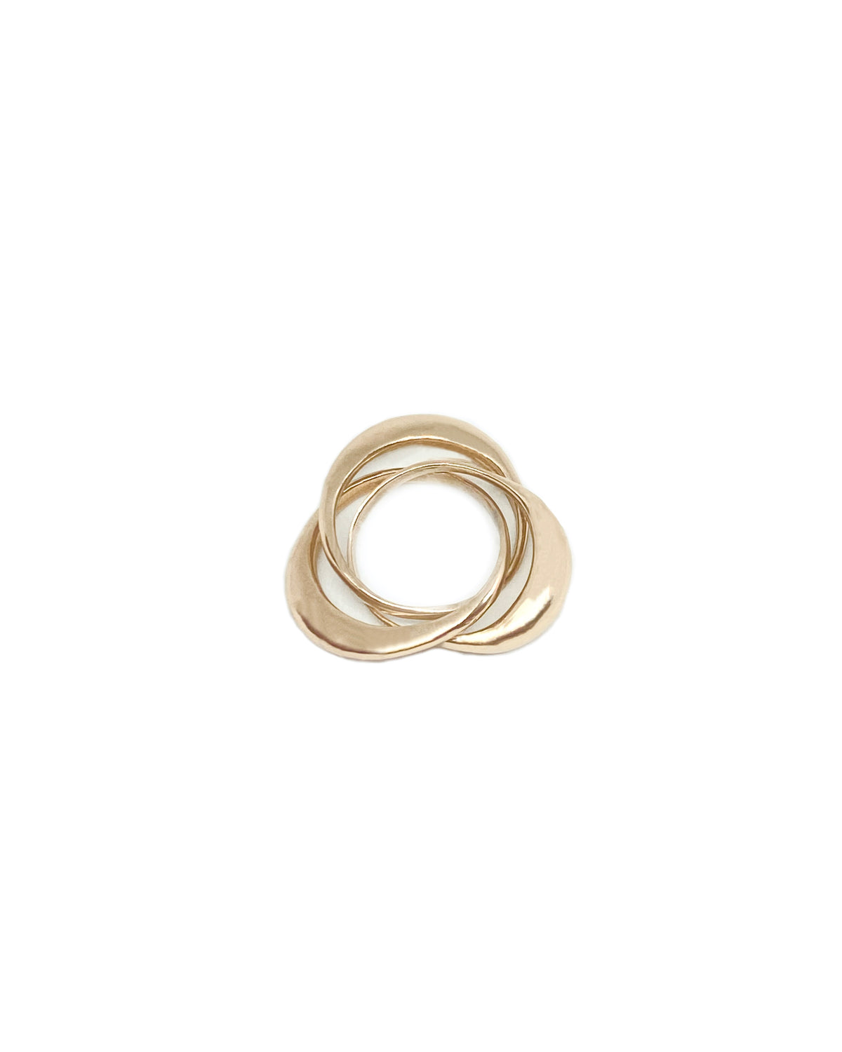 TRIPLE ROUNDED RING