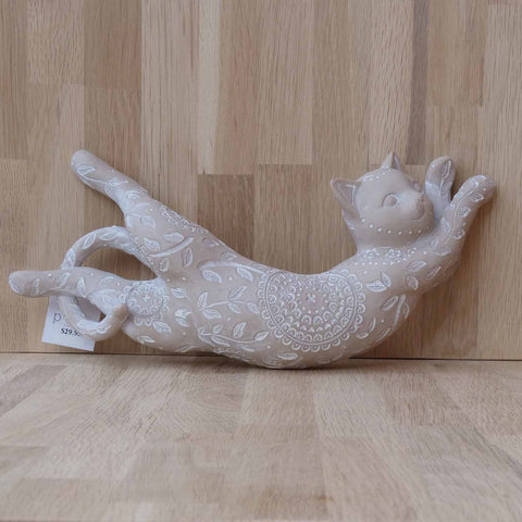 BOBBI CELESTIAL CAT LYING RESIN - Jamjo Online