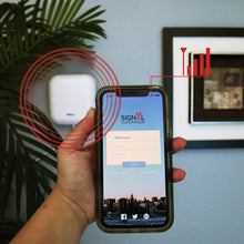Load image into Gallery viewer, HiBoost's mobile application for monitoring and troubleshooting your Smart Link cell phone signal booster.