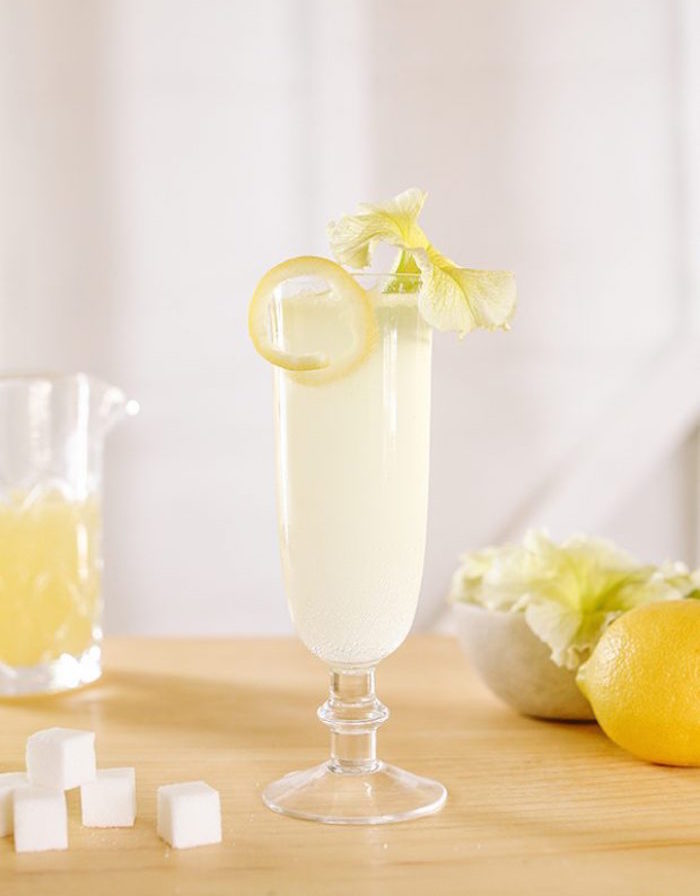 How to Make the French 7 lb 5 oz Mocktail