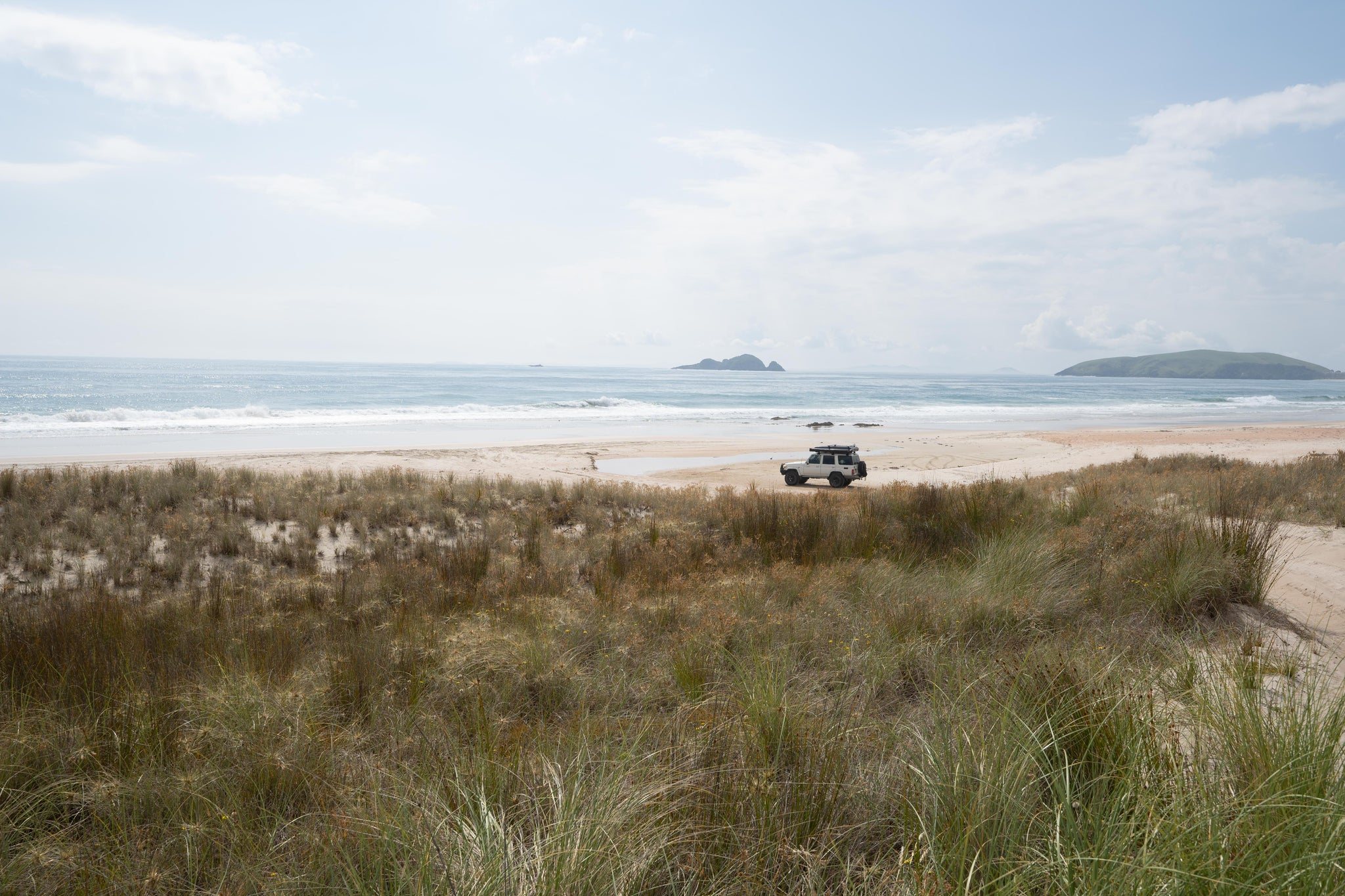 Remote 4wd beach with Landcruiser 76
