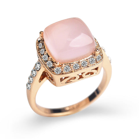 Pink Austrian Crystal, square setting surrounded by jewels. - Ballooo