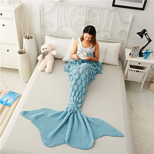 Mermaid Tail Blanket with Lovely Knitted Detail. - Ballooo