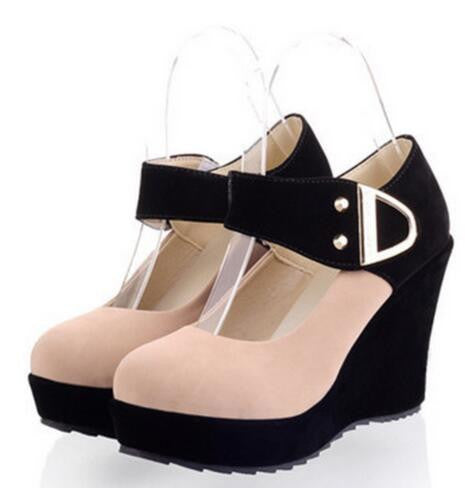 Cool Wedge Heeled 1970's Mod Mary Jane's - Ballooo