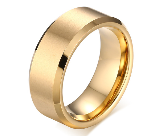 Bevelled Edge Tungsten Gold Band