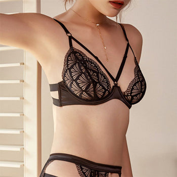 Little French Tease - Lace Brassiere