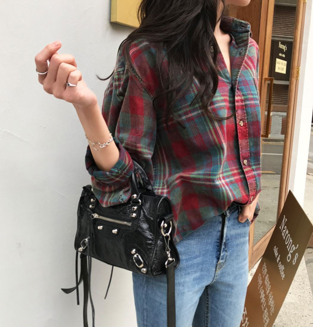 WELLO CHECKERED BLOUSE