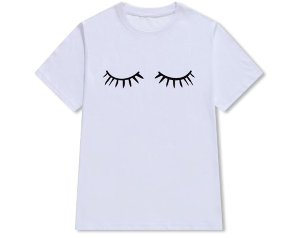 FLUTTER LASHES PRINTED TEE