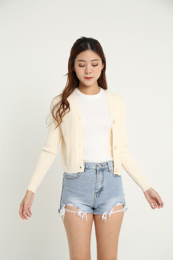 SALLY CROP KNIT CARDI (CREAM)