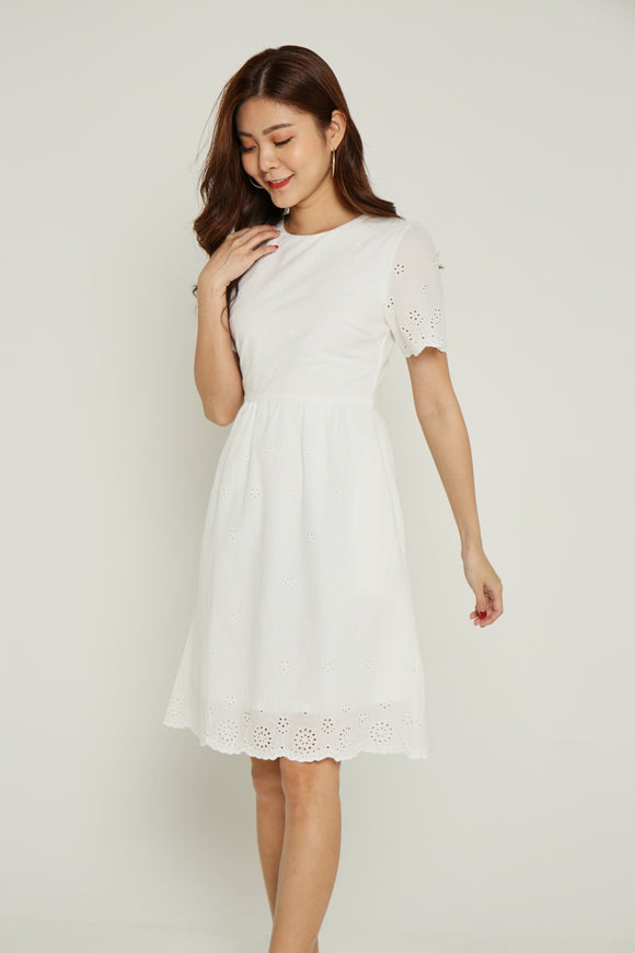 SANDRA EYELET DRESS (WHITE)