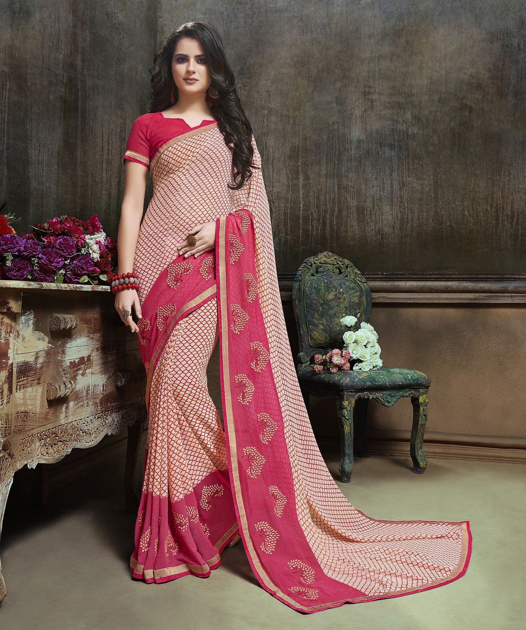 Exquisite Traditinal sarees in Major Georgette fabric Partywear Cream color good Embroidery Saree 629
