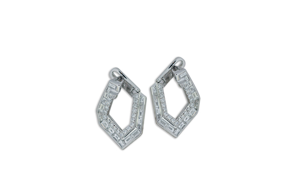 Origami Link no.5 Diamond Earrings (Petite)