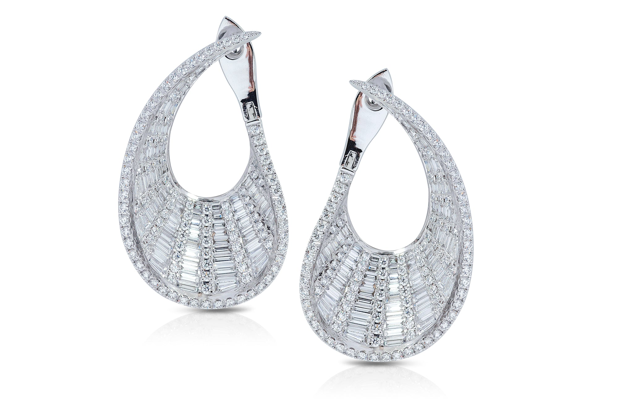 Talay front-back droplet Diamond Earrings (Grande) as seen on Naomi Watts