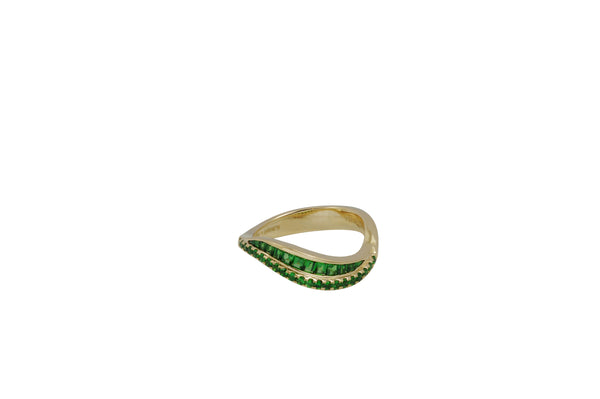 Talay Duo Wave Tsavorite Garnet Ring in Yellow Gold