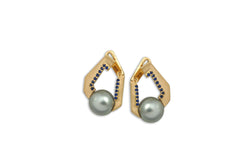 Origami Link no 5 Pearl & Blue Sapphire Earrings (Medium)