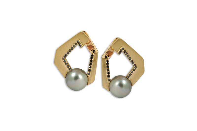 Origami Link no 5 Pearl & Black Diamond Earrings (Grande)
