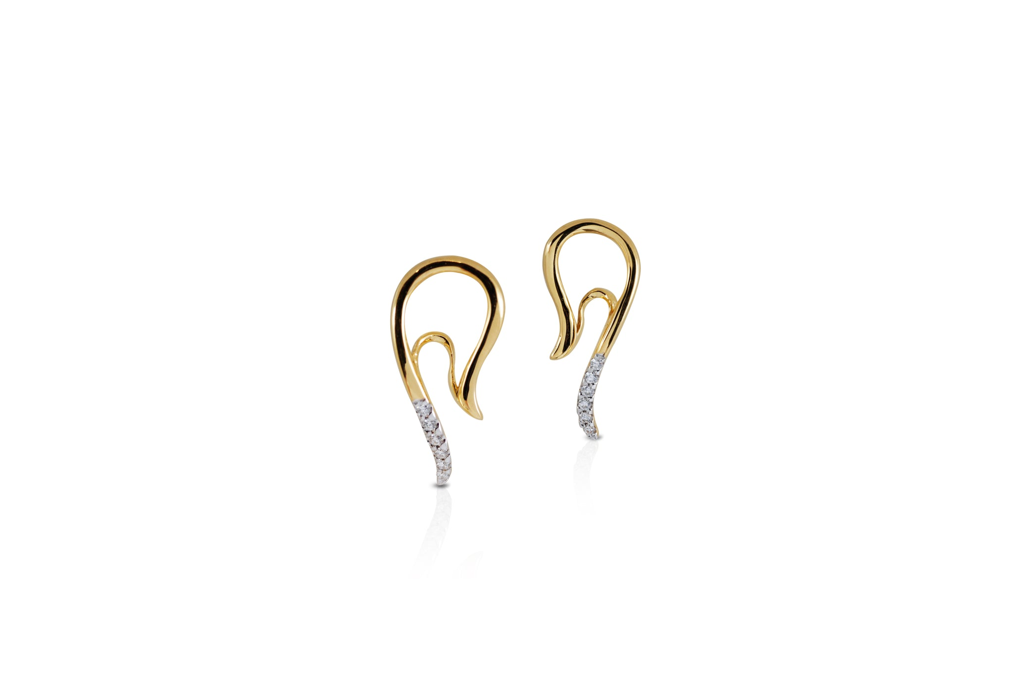 Talay Mini Wave Silhouette Diamond Earrings