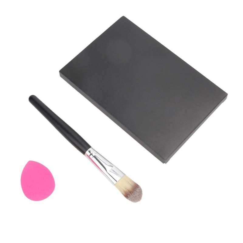 3 in 1 Set 15 Color Concealer Palette + Makeup Brush + Cute Pink Sponge