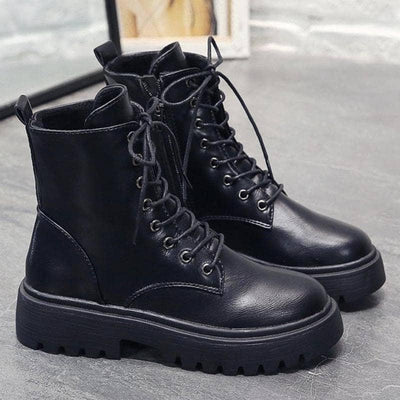 Makalu Lace-Up Boots