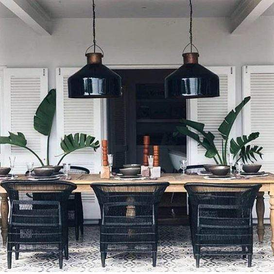 The Dark Side: 5 Wickedly Ways to Decorate Your Home in Black