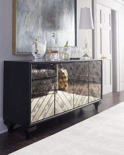Is Mirrored Furniture still on-trend? All your questions about Mirrored Furniture and all that shimmers
