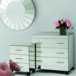 Furniture Isabelle Mirror 3 Drawer Chest