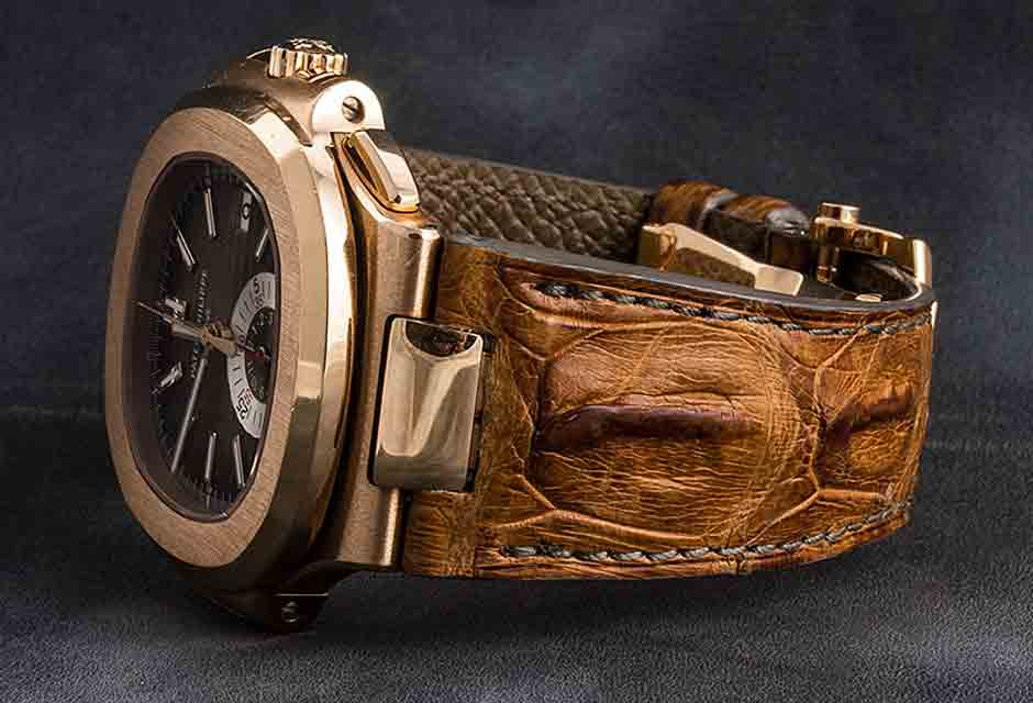 c4ed34679ba alligator horn back watch band and leather strap. Bracelet en alligator  corné sur montre ...