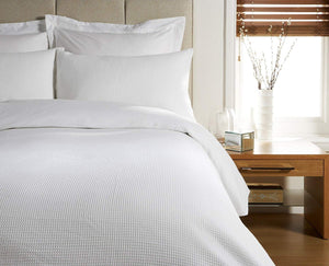 Waff White King Duvet Set