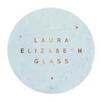 Laura specialises in handblown glass combined with precious metals. Born on the island of Bermuda, this London based designer draws from her island background
