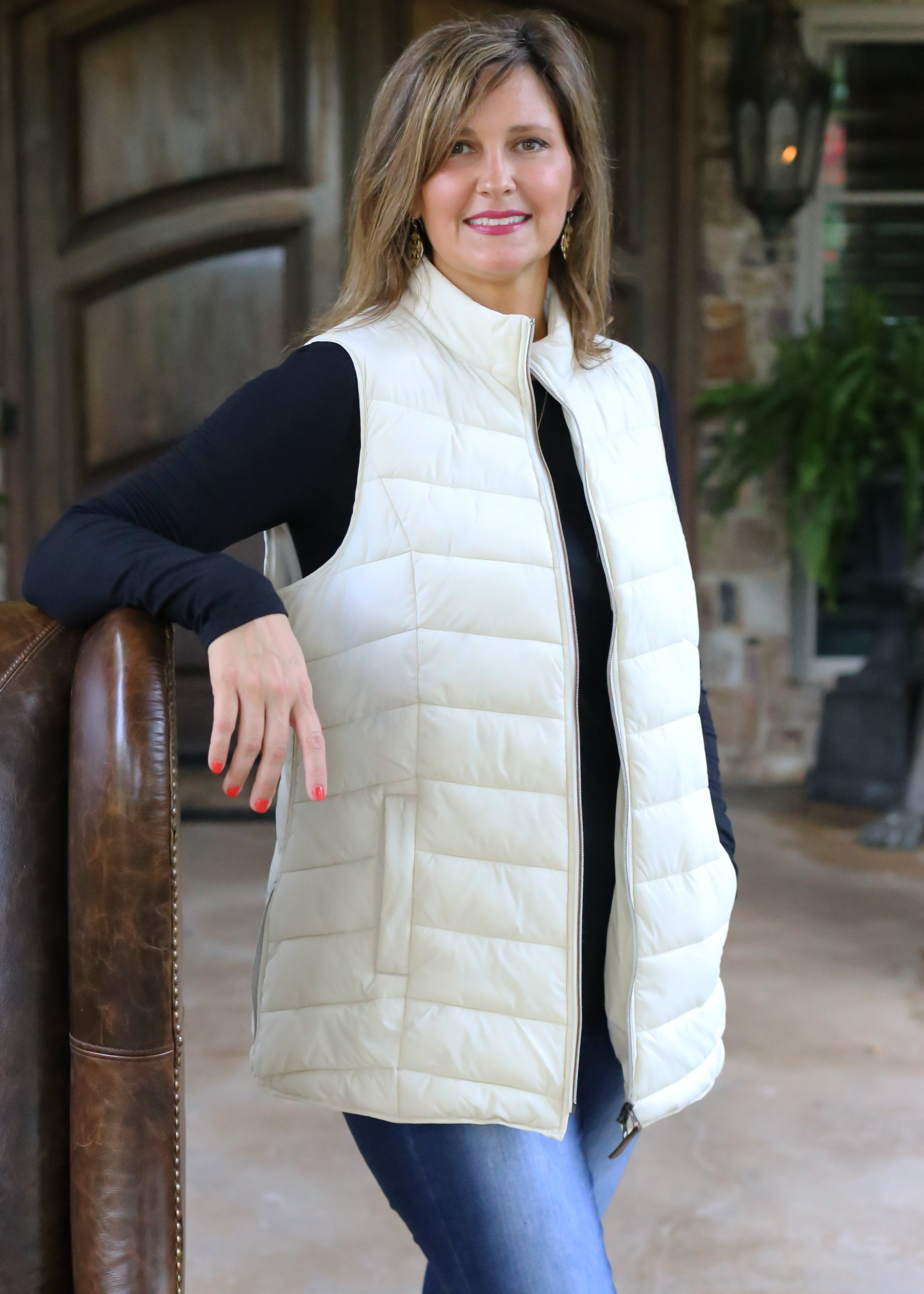 PV-2019 PUFFER VEST IVORY