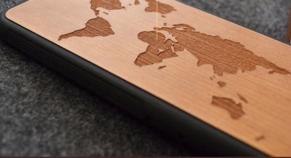 Coque World Map en Bois - Le Precurseur