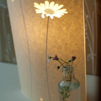 Oval Daisy Table Lamp