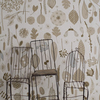 Tiny Treasures Wallpaper in Old Gold