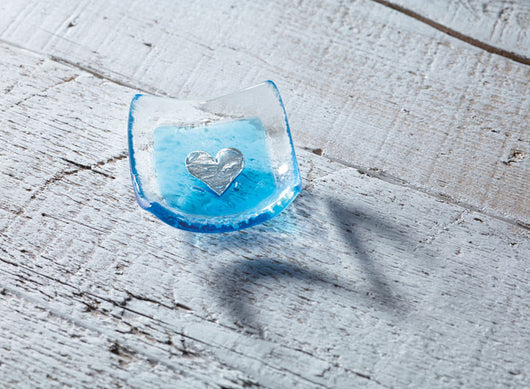 Photo of silver heart & turquoise 6cm earring dish