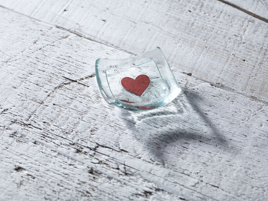 Photo of Classic Klaar Red Heart 6cm Earring dish